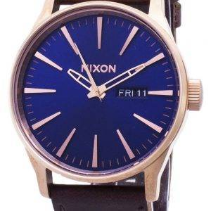 Nixon Sentry A105-2867-00 analoginen kvartsi Miesten Watch