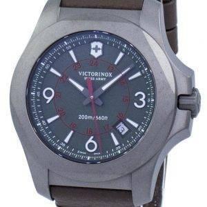 Victorinox I.N.O.X. titaani Sveitsin armeijan kvartsi 200M 241779 Miesten Watch